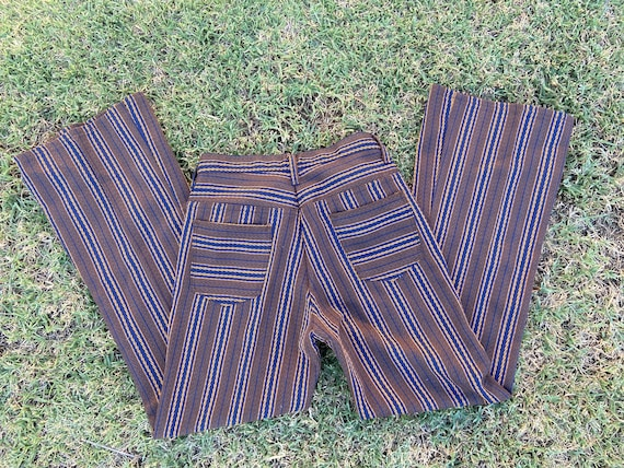 Vintage 1970s bell bottoms textured pants