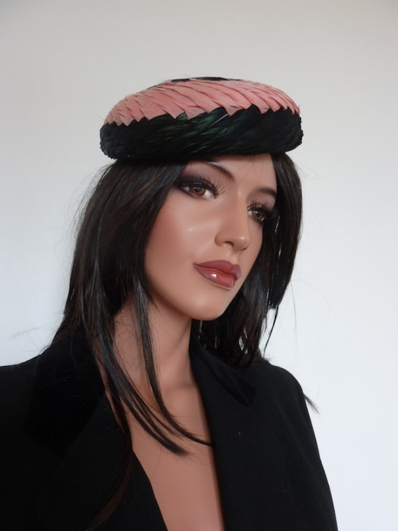 Beautiful Vintage 1930s Feather Hat Pillbox Pink B