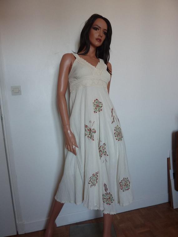 Vintage Ivory White Boho Dress Applique Crochet La