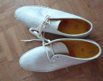 Vintage SUPERGA Canvas Shoes Italian Rare  60s 70s Deadstock Size 39 UK 6  US 7 White Suede Soles Lace Ups Flats Pumps