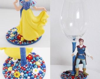 Snow White and prince set