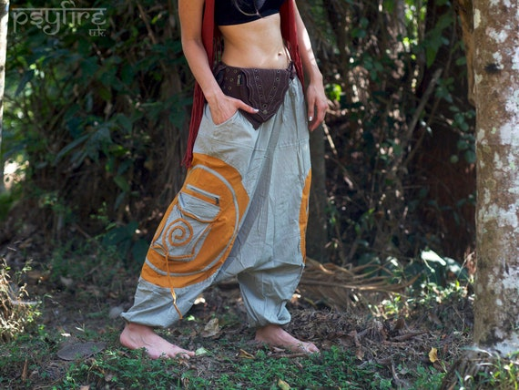 casual shoes official site designer fashion Pantalon SPIRAL Harem - Unisex Ali Baba Pantalons, Pantalon sabot sabot  saille hippie, Pantalon pêcheur, Pantalon Boho Baggy, Pantalon Psytrance,  ...