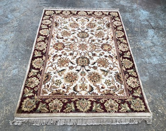 "Persian Rug Hand-Knotted Overall (Afshan) Design, Indian Agra Rug, (Ivory, Red, Green) 177cm x 124cm (5'8"" x 4'0"")"