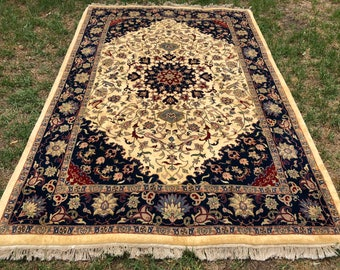 "Persian Rug Hand-Knotted Medallion Design, Indian Hand-Knotted Rug (Cream, Navy, Red) 300cm x 200cm (9'8"" x 6'5"")"