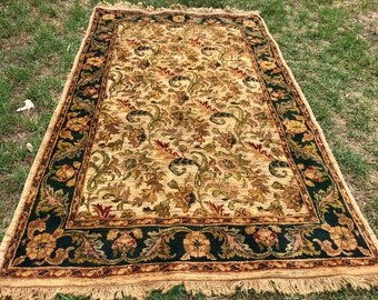 "Persian Rug Hand-Knotted Overall Design in Beautiful Colours, Indian Wool Rug, (Beige, Green, Red) 284cm x 178cm (8'6"" x 5'8"")"