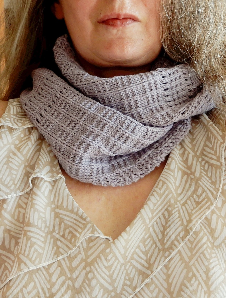 Infinity Scarf Knitting Pattern In Worsted Weight Yarn Easy Etsy