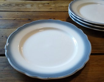 Vintage dinner plates, set of 4, heavyweight classic blue rim diner plates by Homer Laughlin