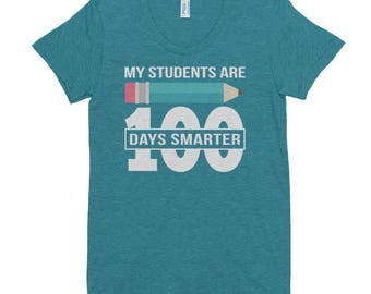 100 Days Teacher Smart Students Classroom Gift  Women's Crew Neck T-shirt