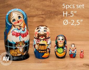"""Ukrainian nesting dolls, Matryoshka dolls, Babushka doll, Nested Dolls, Home Decor, Nesting toys, Matreshka, Ukrainian Family 5"""" 12cm 5pcs"""