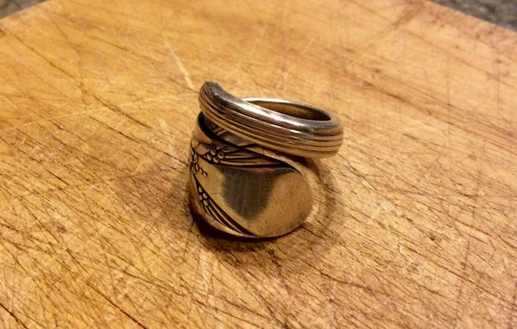 Artistic 1940 Rogers Vintage Silver Spoon Ring
