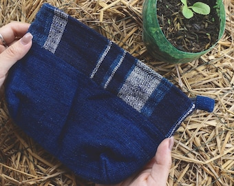 Medium-sized Indigo purse / Made in Laos / Hand spun cotton / Natural dyes / Hand-woven