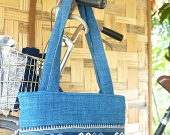 Casual Indigo Blue Cotton Shoulder Bag / Hand spun cotton / Natural dye cotton / Hand woven / Made in Laos