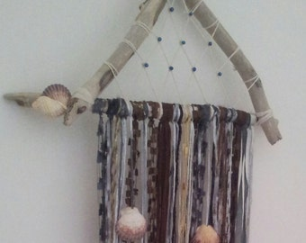 Seashell, Driftwood and Yarn Wall Hanging/Dreamcatcher