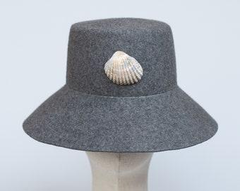 Medieval hat bycocket Manesse bicolour mens cap archer