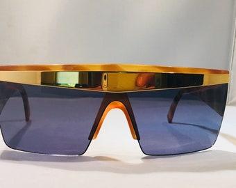 1c00f6296671 Versace oversize sunglasses    versace mak   gianni versace   versace  sunglasses   rare versace   lady gaga   made in italy   rap