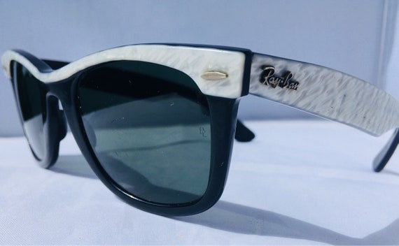 664dad78c3336 Ray Ban wayfarer USA   rayban sunglasses   ray ban vintage     Etsy