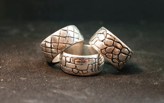 Silver ring // ancient shape // man ring // Roman wall texture // solid silver // gift ring//hand made// ready to made// Roman ring