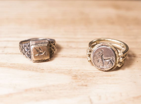 Signet ring// hand made// Roman shape // antique design // solid silver // bronze // woman ring // Roman ring //