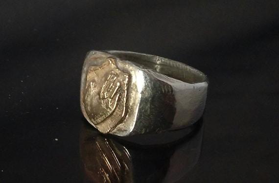 Signet ring // silver ring // hand made// praying hands// free shipping worldwide
