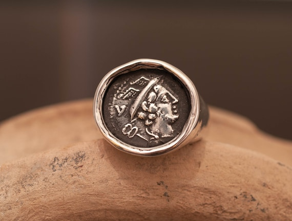 signet ring/ silver irng / coin ring / ancient ring /roman ring / hand made ring