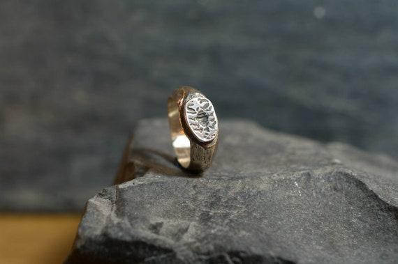 Signet ring // scorpion ring // silver ring // hand made // hand engraving // Roman ring // Roman style // woman ring// pinky ring
