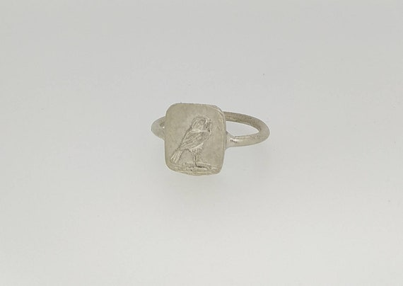 Ancient ring/Signet ring/greek and Roman ring/last wax tecnique/Hand made jewelry/Jewelry history/silver ring/hawk