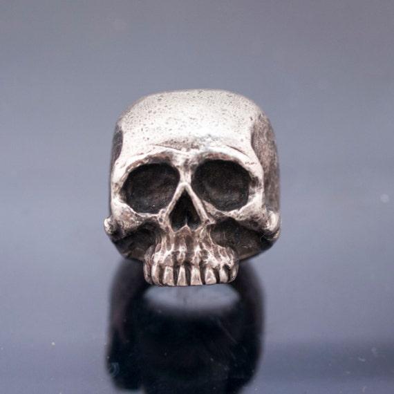skull ring // hand made // silver 925