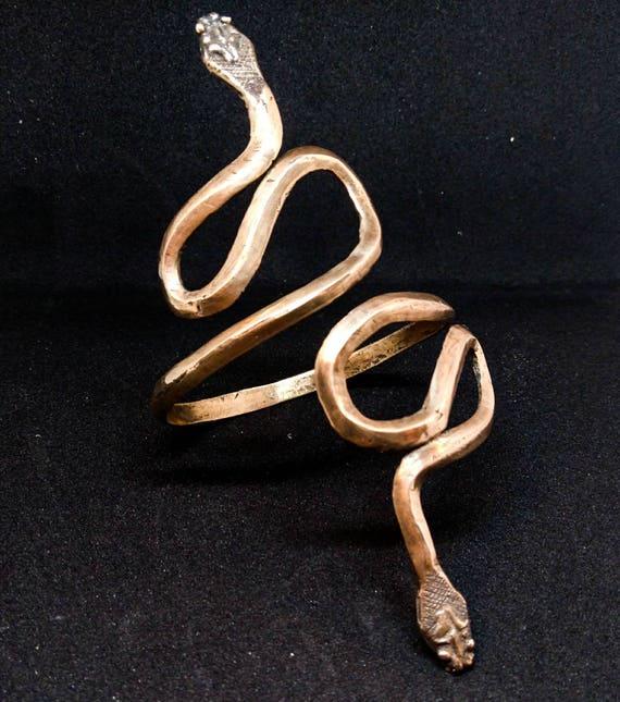 Snake cuff // ancient cuff // Roman cuff // ancient shape // hand made // solid bronze.