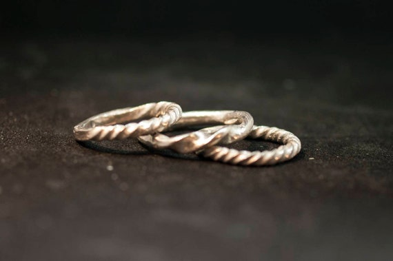 Silver ring // hand made // twist ring // silver 925// woman ring