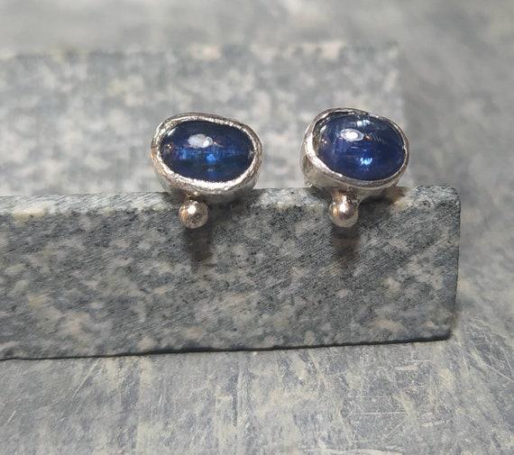 Blu chianite/ silver/antique designe/ancient Jewelry/last wax tecnique/Hand made/woman earrings/cool earrings
