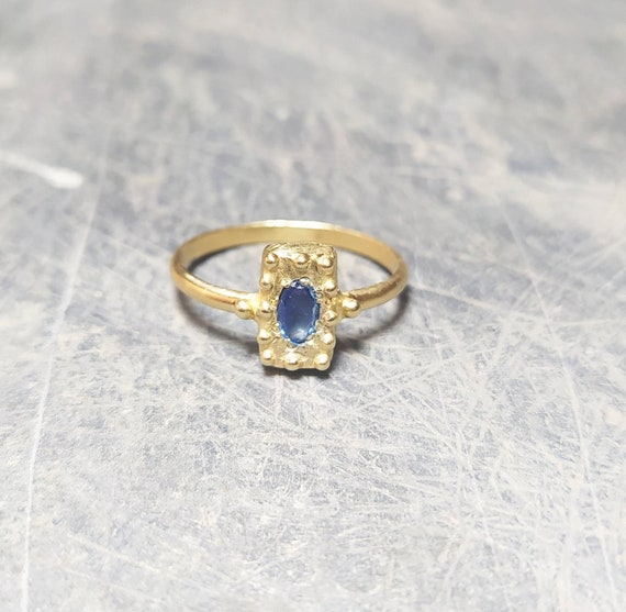 Ancient ring/Gold ring/greek and Roman ring/last wax tecnique/Hand made jewelry/Jewelry history/sapphire