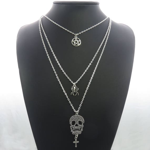 Skull Cross Multi Strands Layered Punk Goth Chains Pendant Necklace Modeschmuck