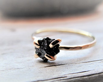 Raw Black Diamond Engagement Ring, Uncut Diamond Non Traditional Engagement Ring, Alternative Engagement Ring, Unique Ring, Gift for Her