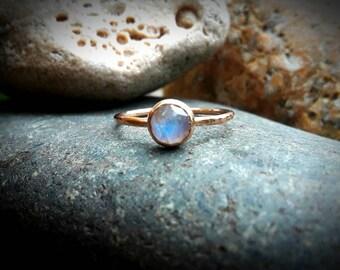Rose Gold Moonstone Engagement Ring, Non-traditional Wedding Ring, Blue Flash Moonstone Wedding Set, Handmade Hammered Stacking Ring