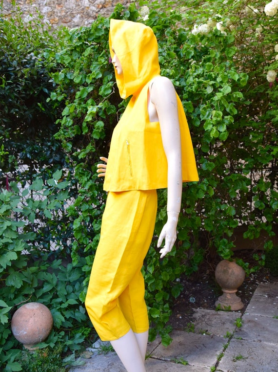 COURREGES 1980 Sun Yellow Capri and Cropped Top Se