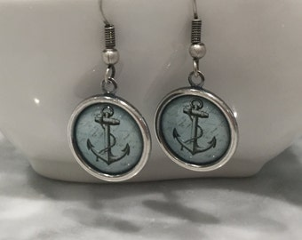 Antique Silver Vintage Style Anchor Earrings