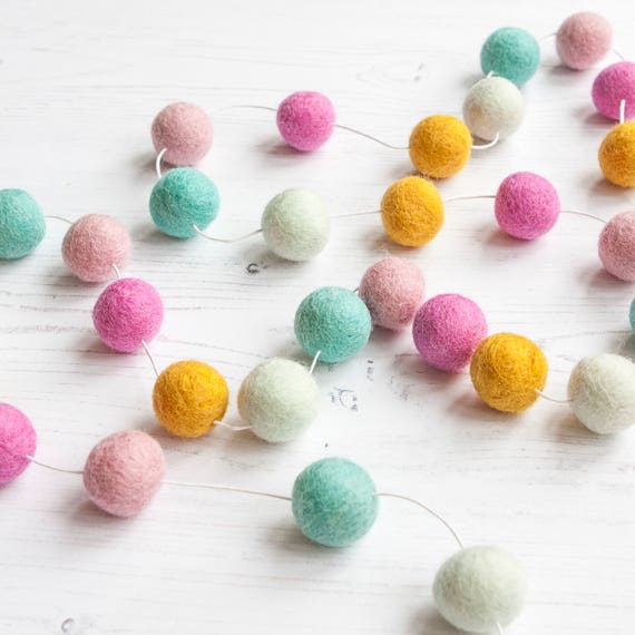 Pom Pom Garland in Sherbet Shades