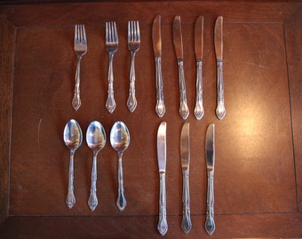 15 Pieces Vintage Stanley Roberts Carole Pattern Stainless Steel Japan Lot Discontinued Mid Century 8 Knives 4 Table Spoons 2 Tea Spoons