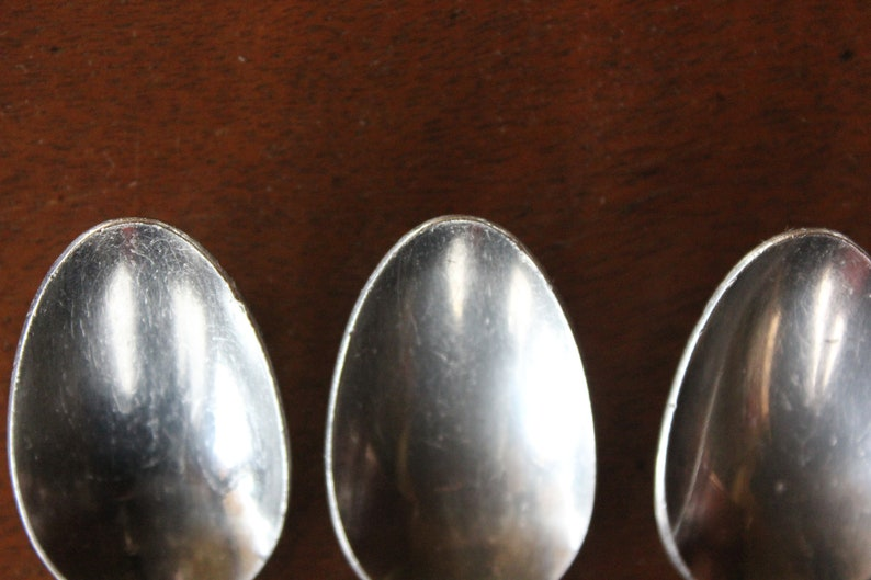 7 Inches s Reed /& Barton Dimension Sterling Silver Oval Soup Dessert Spoon