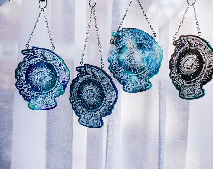 Resin Crystal Ball Hanger