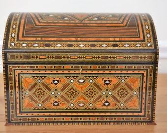 Marquetry Jewelry Box - Jewelry inlaid wooden box