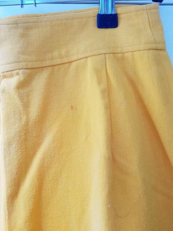 Vintage unworn dead stock 1970s yellow cotton fla… - image 6