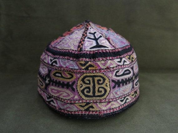 Silk embroidered Turkmen skullcap