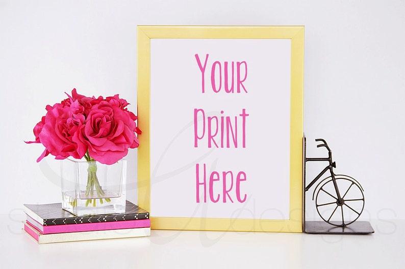 Oro Verticale Struttura Con Fiori Rosa Portatili E Biciclette Etsy