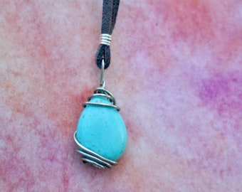 Turquoise wire wrapped pendant - Tear drop - Silver
