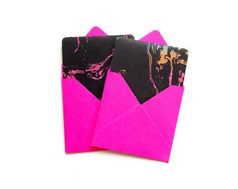 6 PACK OF NEON PINK FLUORESCENT LUGGAGE GIFT TAGS WRAPPING