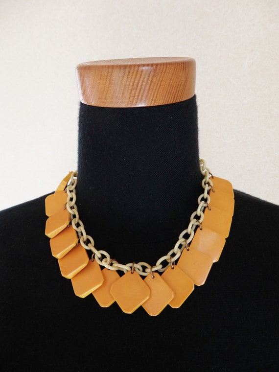 1930s 1940s Bakelite necklace/ 30s 40s yellow bake