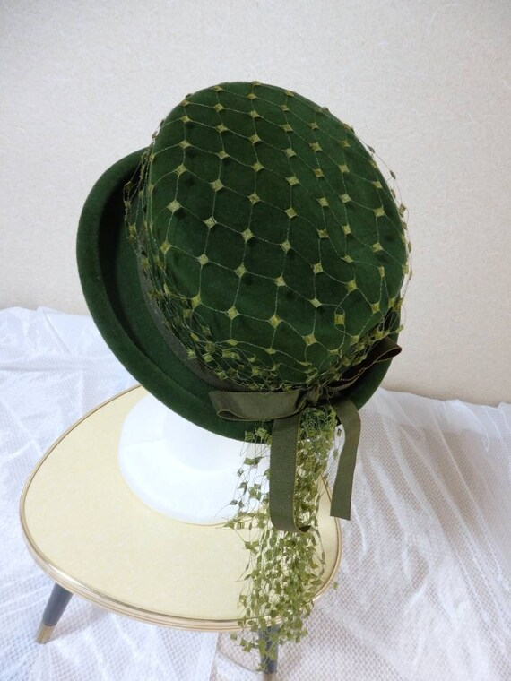 1940s hat/ 40s Olive green felt hat with chartreu… - image 7