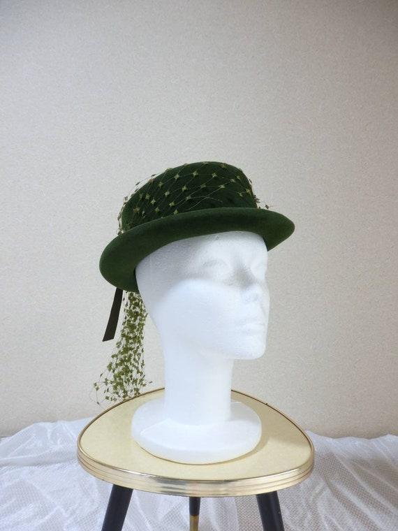 1940s hat/ 40s Olive green felt hat with chartreu… - image 4