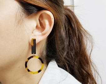 Dangle Hoop Tortoise Circle Donut Ring on Long Stick Post Earring, Simple, Dainty Post Earrings Dark Gold / Light Ivory / Mahogany Rose